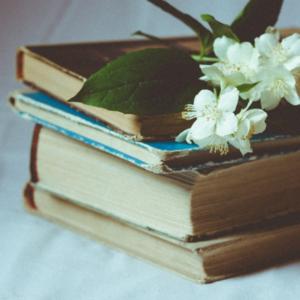 8 Books that Grew My Faith
